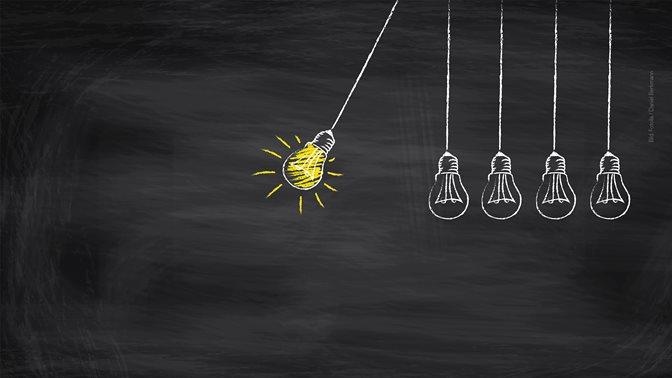 Light bulb, main topic Entrepreneurship